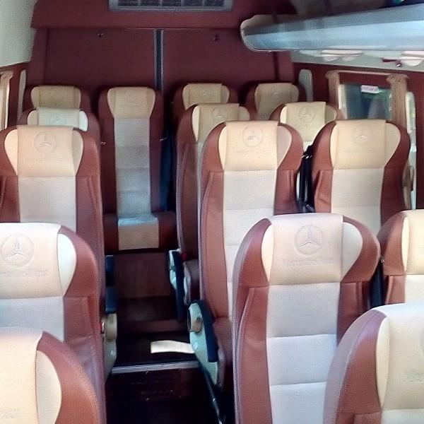 bus-mercedes-wnetrze-2